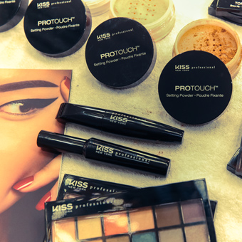 kiss-professional-maquillage-pro