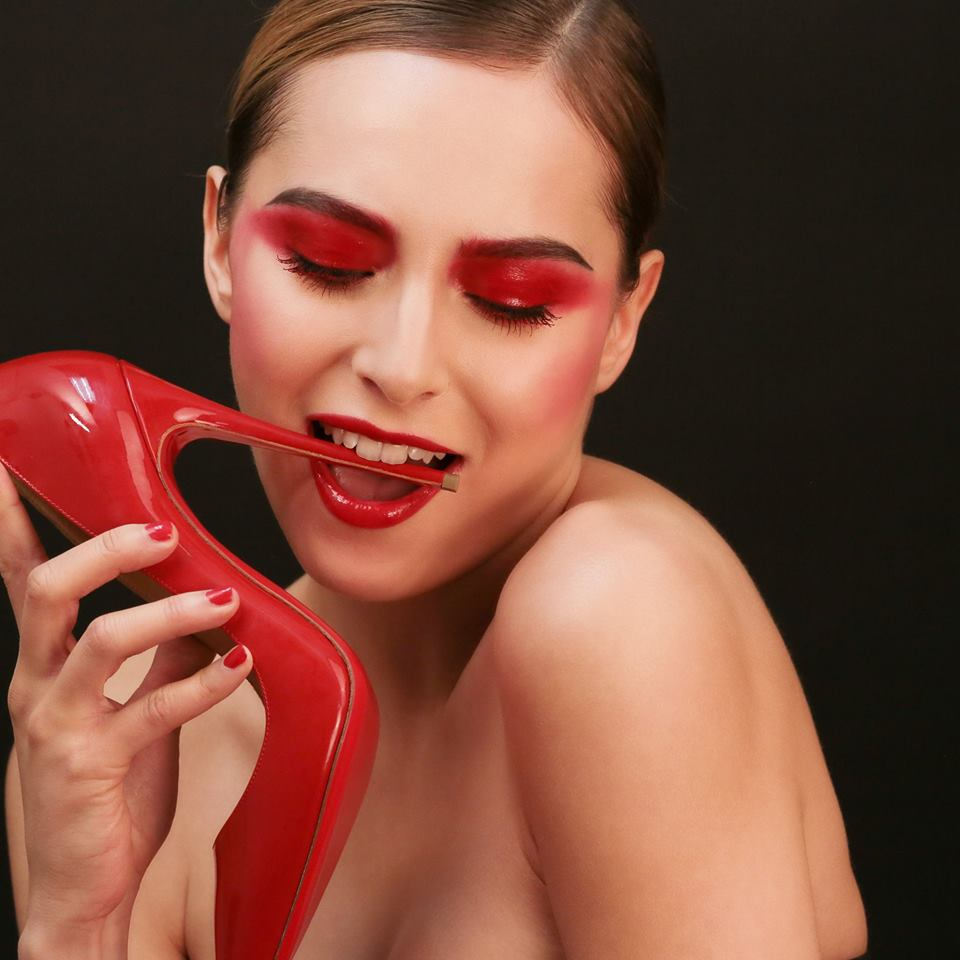itm-louboutin-maquillage